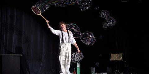 Duhové bubliny