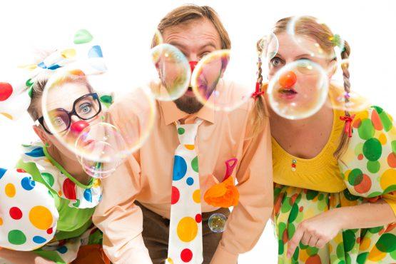 Velikonoční klauniáda