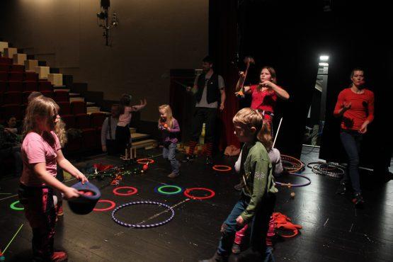 Žonglérská show